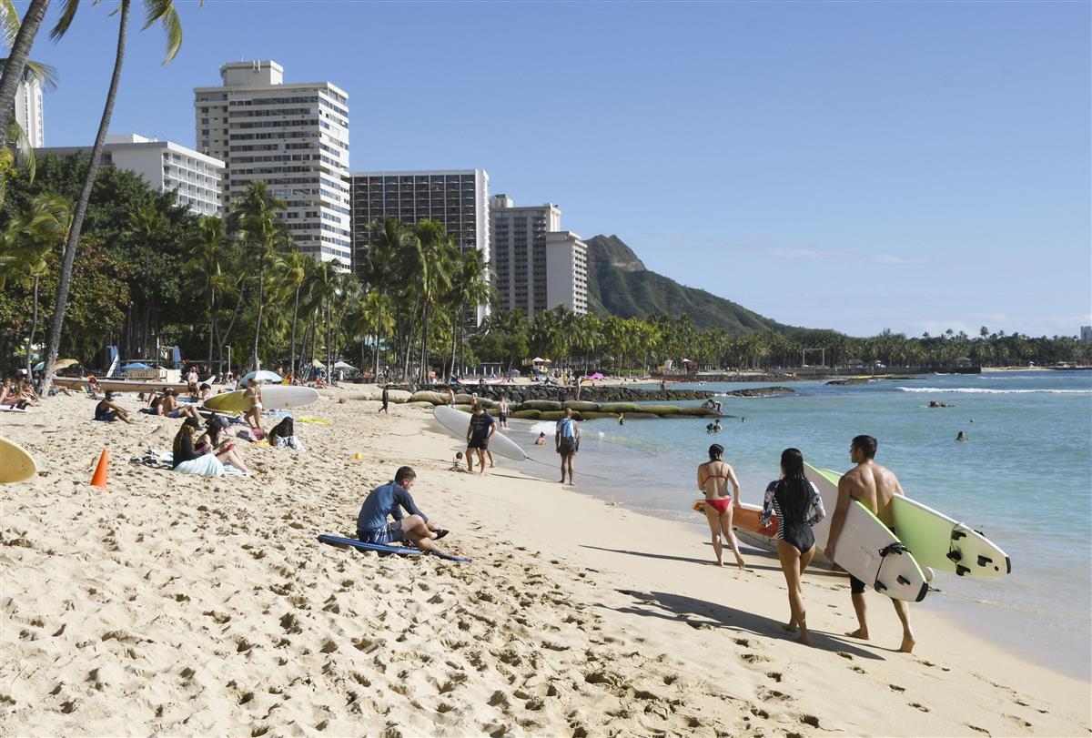 【ハワイ苦境】 「たくさん来ていた日本人観光客は9割以上減り、今では誰もいない。 このままでは商売が成り立たない」  [影のたけし軍団★]