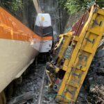 【速報】台湾で特急電車脱線。複数の死者 けが人多数